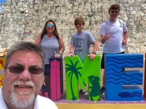 David Brodosi with his family in Cozumel Mexico island